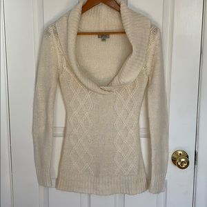 Cream colored Guess knit sweater